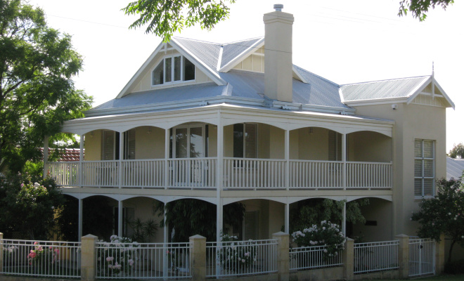 Custom designed double storey home perth new home for Colonial home designs australia